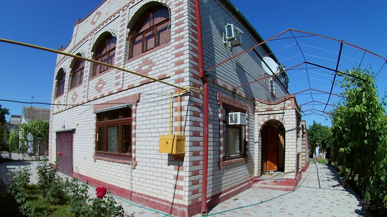 Дом в центре Чернобаевки! 11035