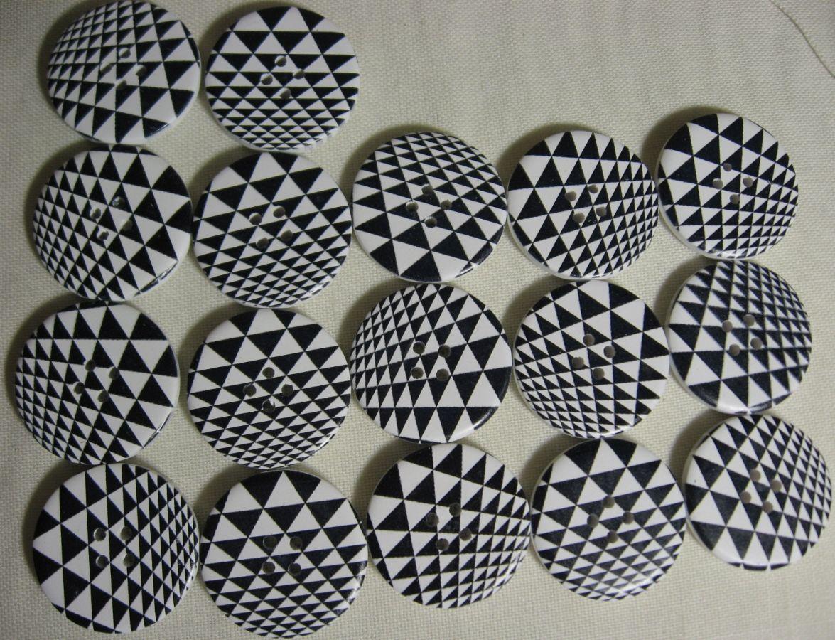 пуговицы деревянные чёрно-белые для рукоделия