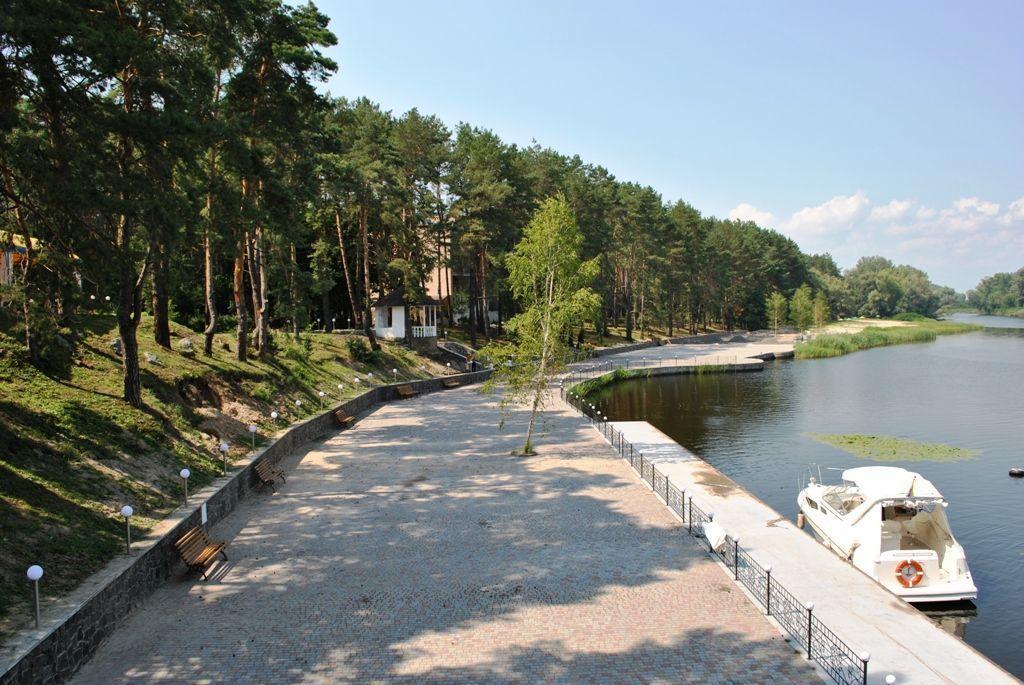 Фото 4 - Продается уникальный санаторный комплекс в десяти км  на берегу Днепра