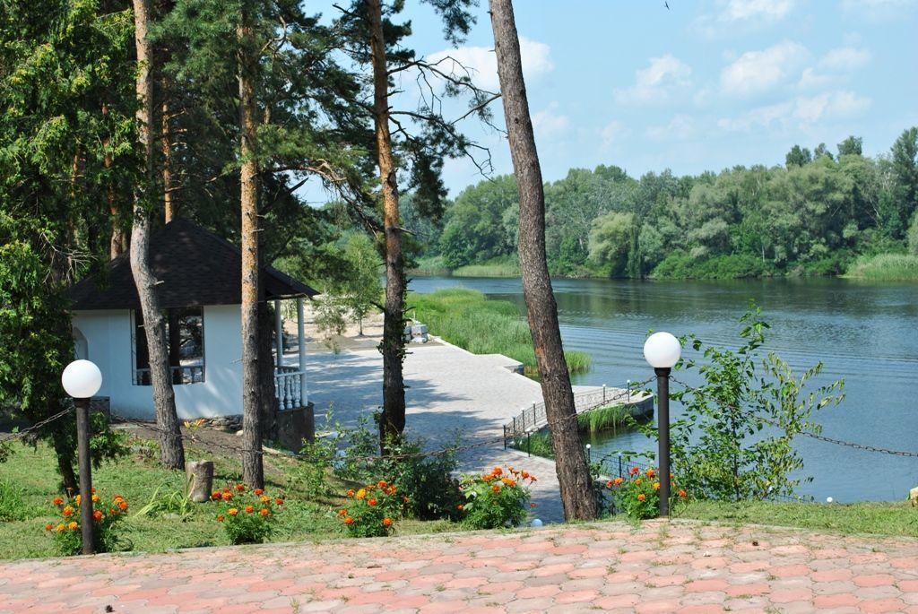 Фото 3 - Продается уникальный санаторный комплекс в десяти км  на берегу Днепра