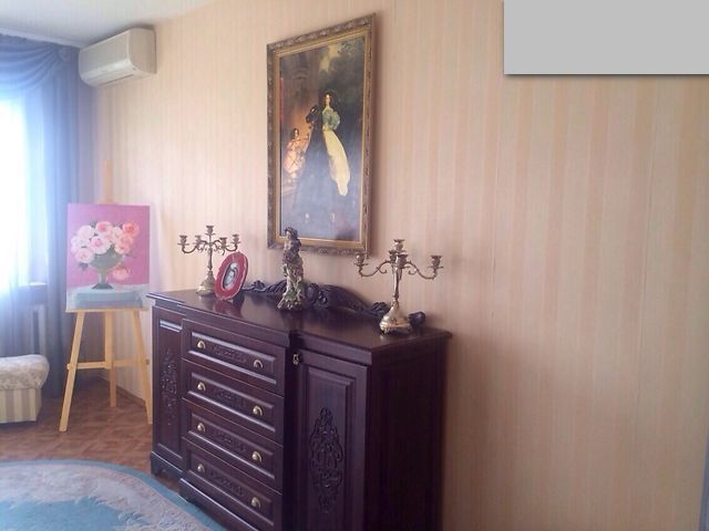 3-х комнатная с ремонтом. высотка. ул. ак. Вильямса