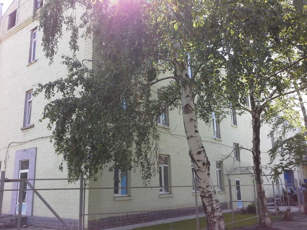 Продам часть 3 этажного здания от 160 до 610 кв м