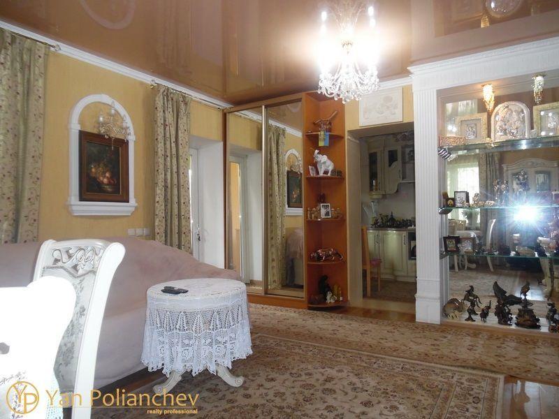 Продается шикарный дом с бассейном и баней на 10 сотках в Чернобаевке