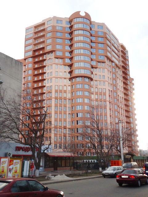 2-комн. квартира в новом доме, 13 ст. Б. Фонтана, 74 кв.м.