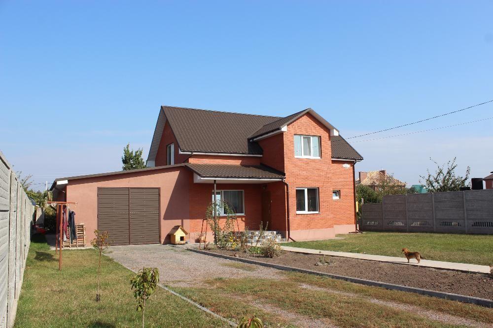 Продам новый кирпичный дом р-н. Сады
