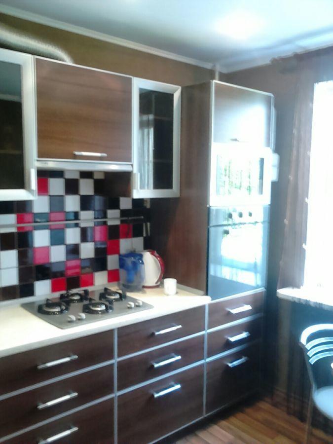 Фото - Продам 1-но комнатную квартиру на поселке, в кирпичном доме