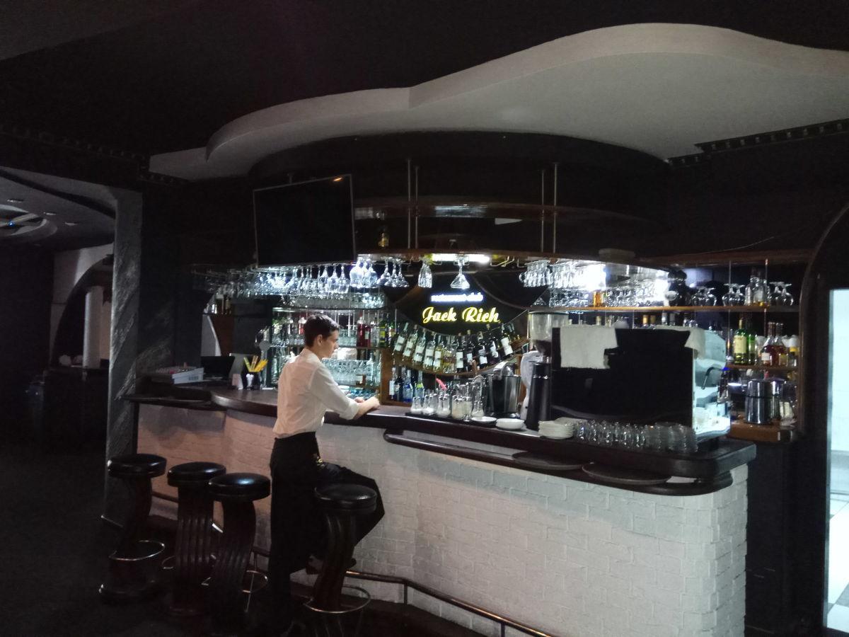 Продам ресторан-клуб в центре города,ул Советская. Или аренда!