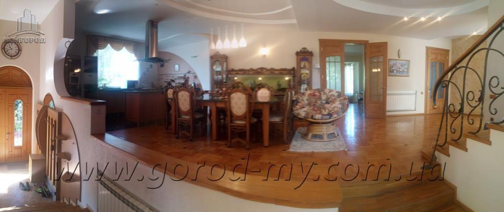 Продам роскошный дом 500 кв.м. в престижном районе Никополя.