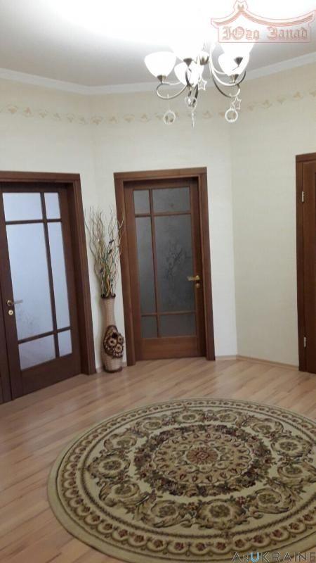 Продается! Красивая квартира 103 кв.м на ул.Тополевая.