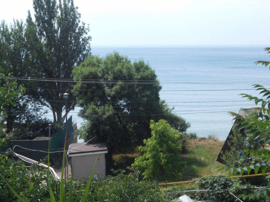 У моря продам участок.