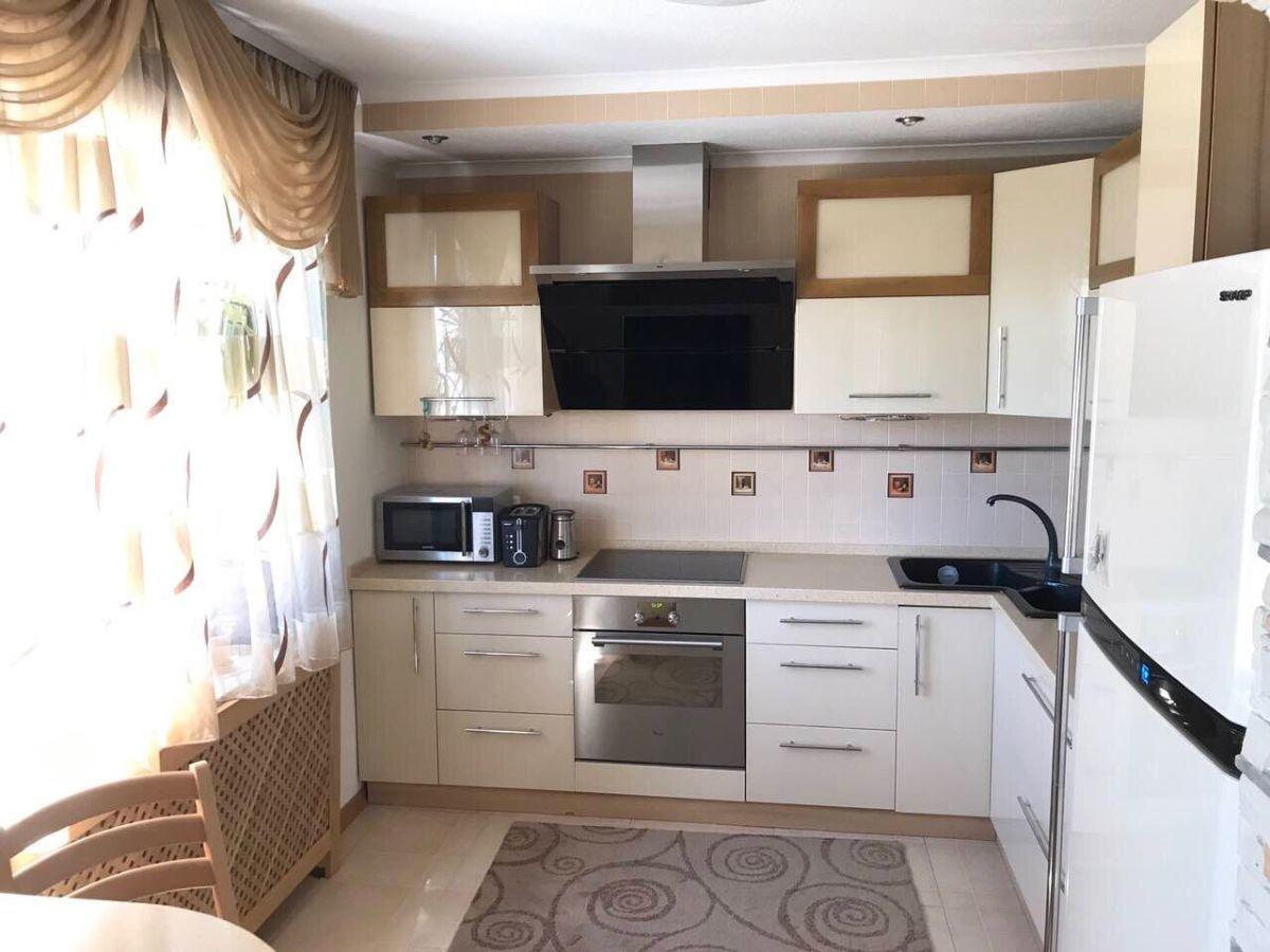 Продам двухкомнатную квартиру на Победе