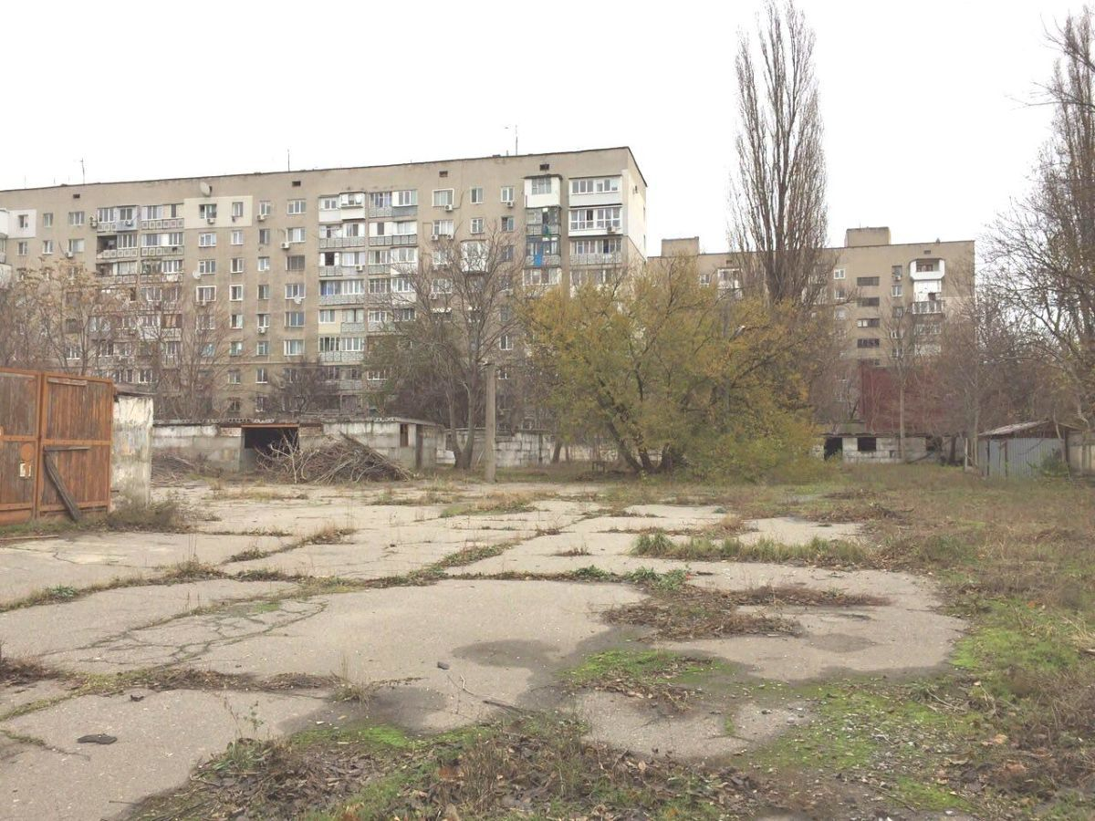 Продажа территории под развитие в Приморском районе