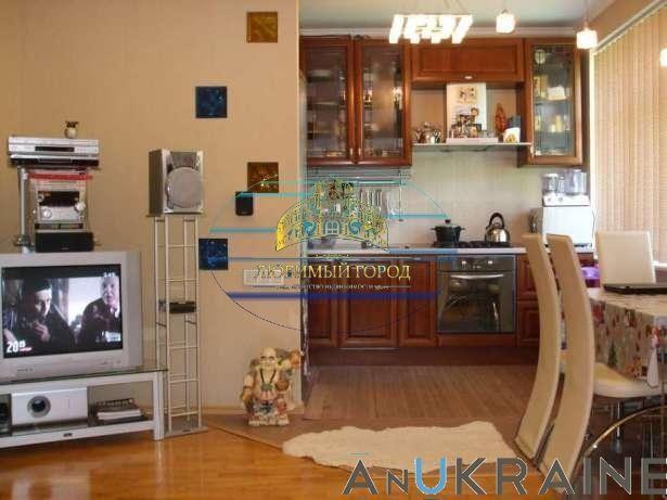 3 квартира 85м  Тенистая /Обкомовский, дом с капитальным ремонтом.