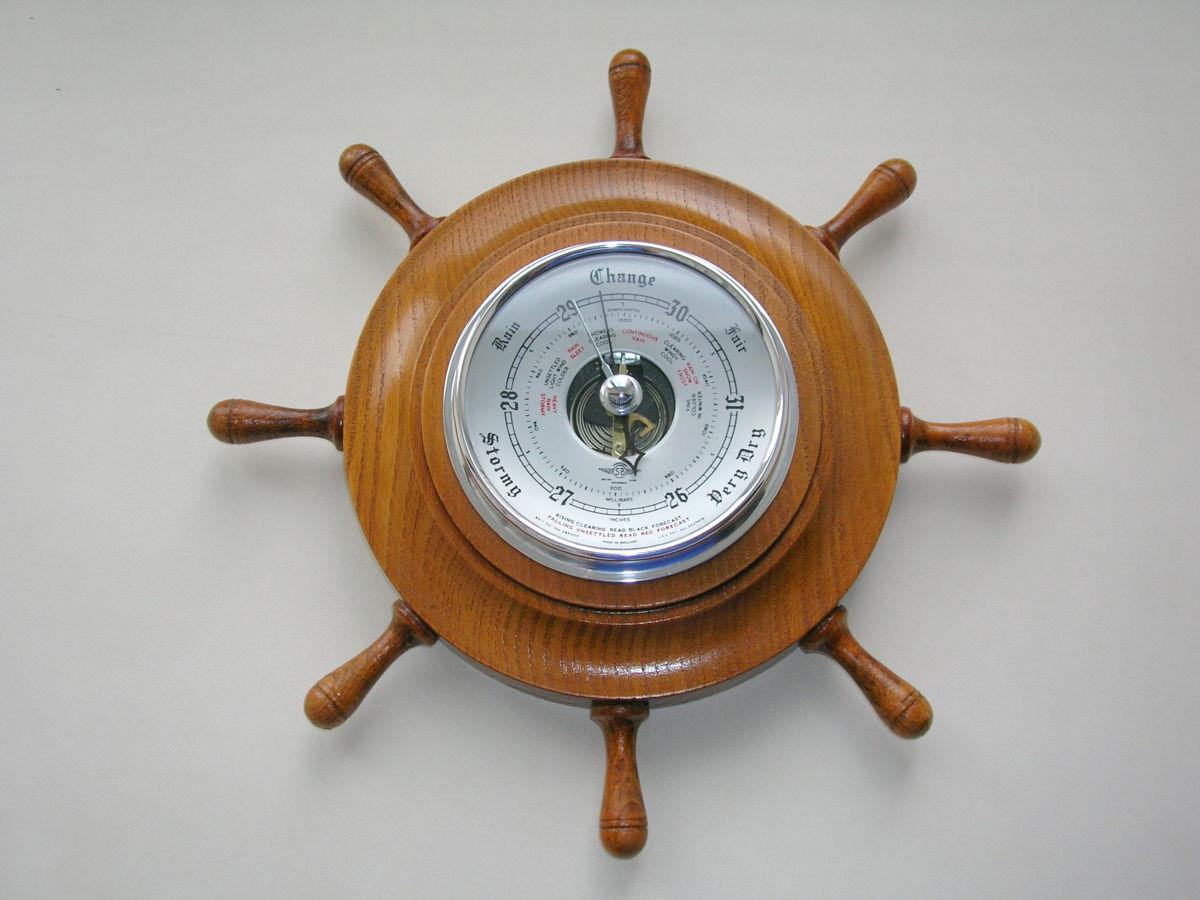 Деревянный барометр-штурвал. Англия. Середина 20го века