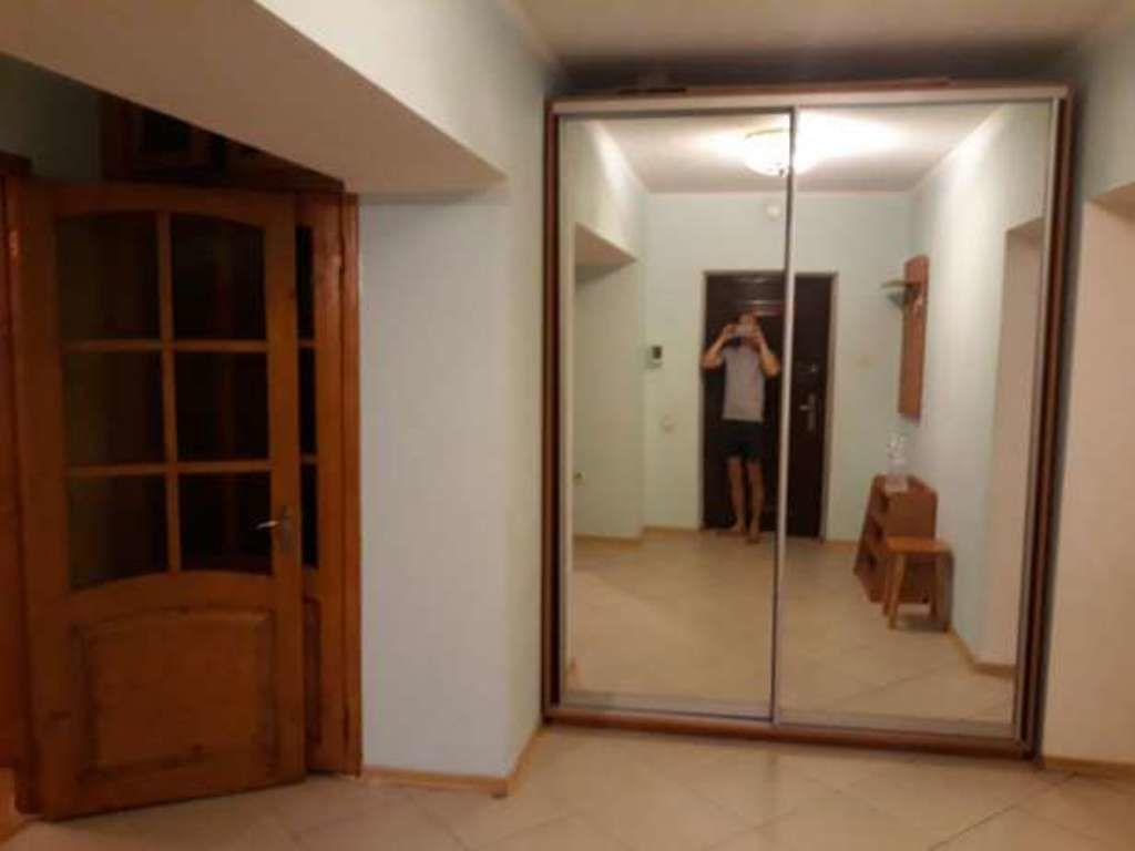 2х комнатная в кирпичном доме