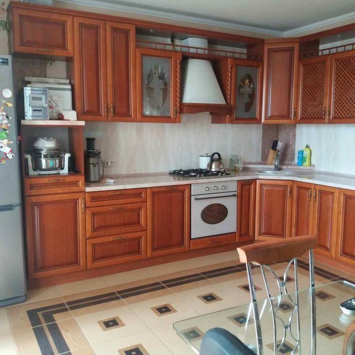 Продам двухкомнатную квартиру с видом на море