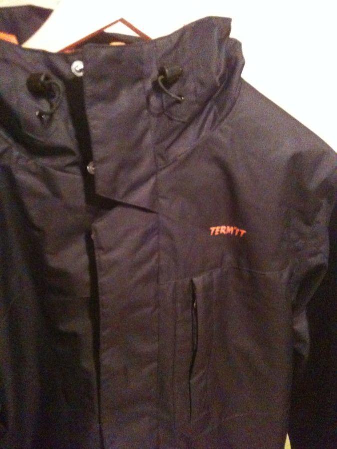 Новая утепленная мужская куртка TERMIT