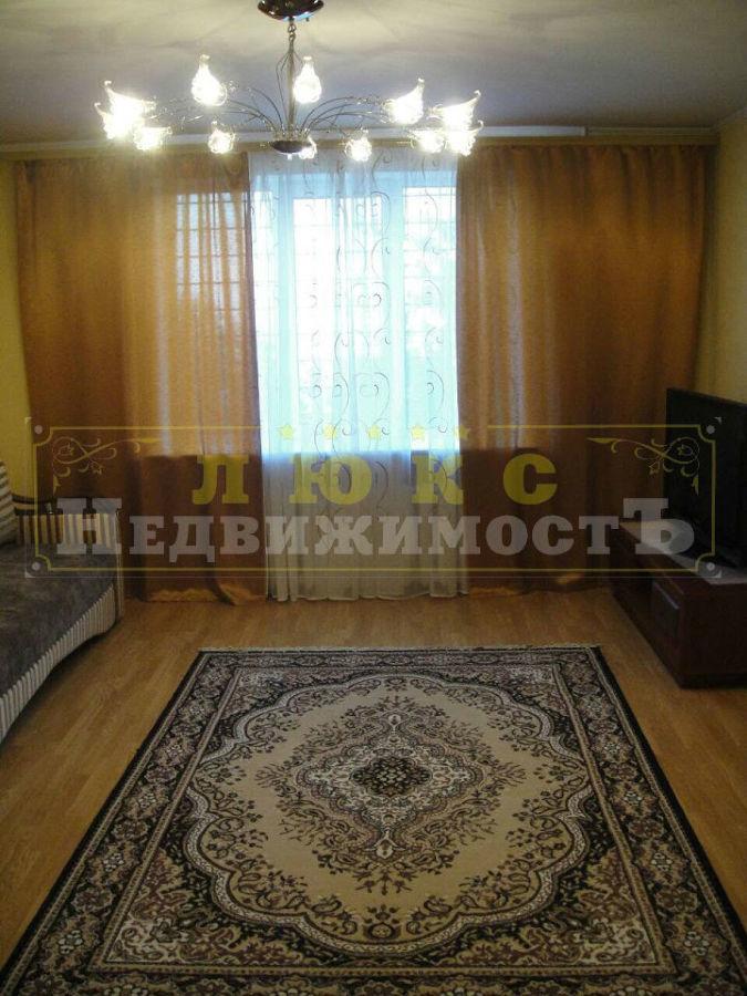 Продам двухкомнатную квартиру ул. Тополева / Вузовский