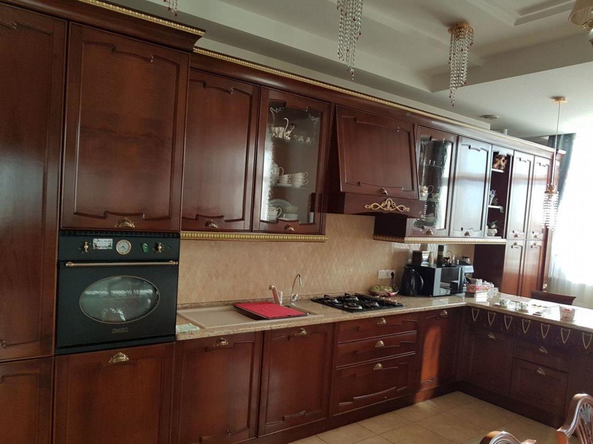 Продам шикарную квартиру в центре