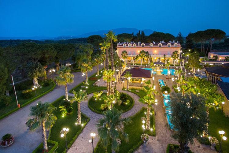 В Италии на юге Салерно престижный туристический комплекс.