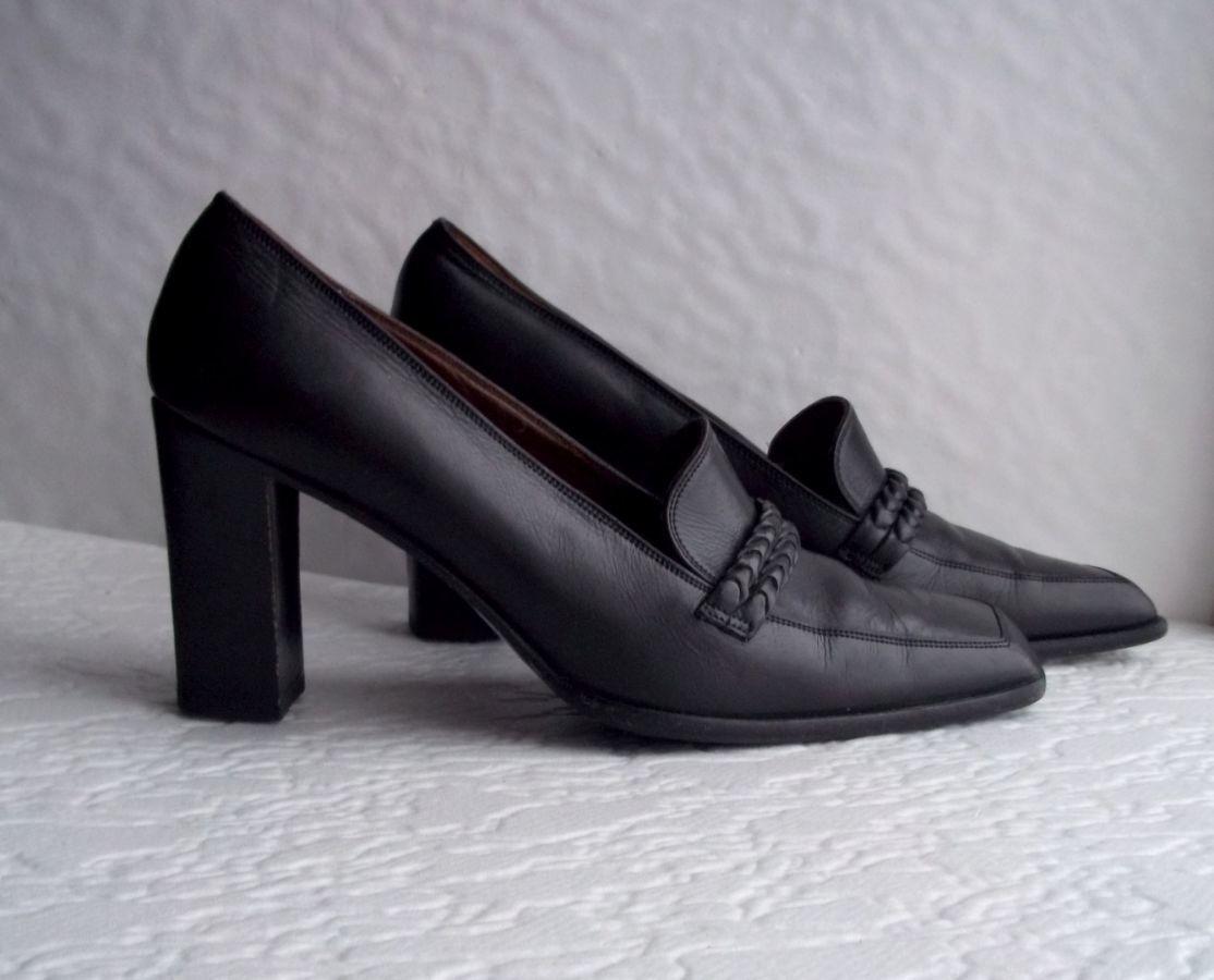 Черные мягкие кожаные туфли на толстом каблуке б/у