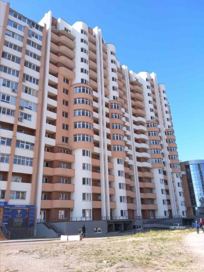 Продаю шикарную трёхкомнатную квартиру на Алексеевке. Пр-т Победы 59.