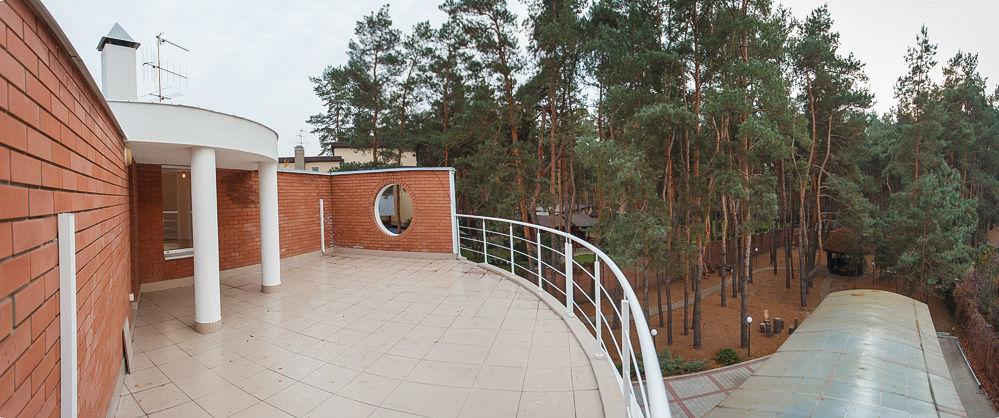 Продается загородный дом в сосновом лесу в 25 км от центра Днепра