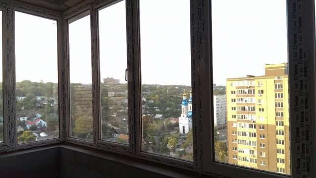 Продам 3 ком кв с великолепным видом на Днепр на Набережной Победы
