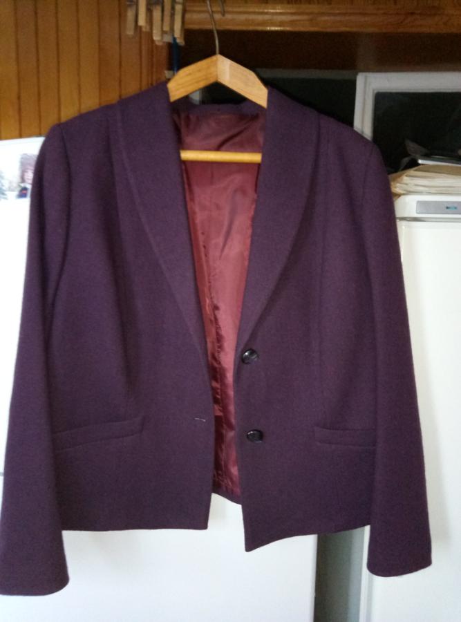 Продам пиджак 52-56р