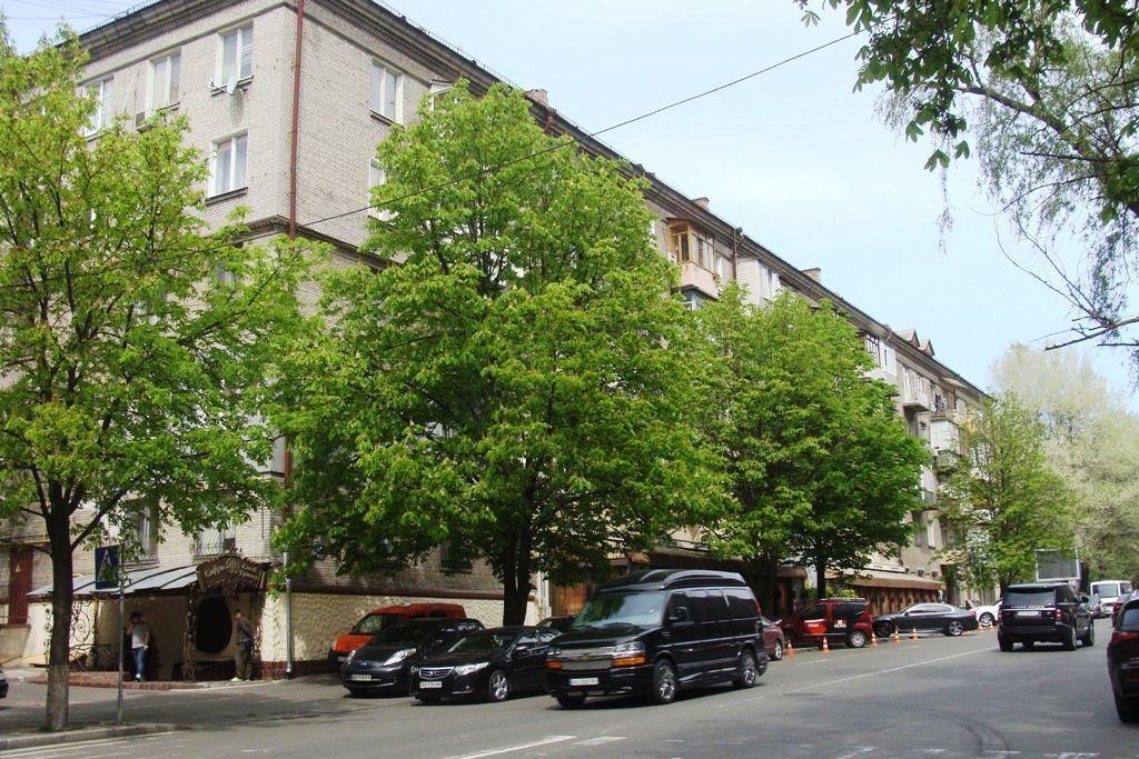 Без комісії продам 2 кімнатну 52м, Кловський узвіз 10, Печерськ, Київ