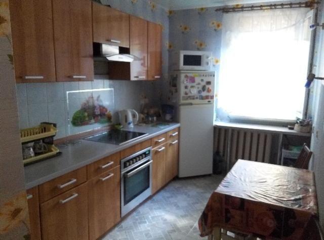 3 комнатная Светлый переулок Солнечная 3 этаж 16 этажки