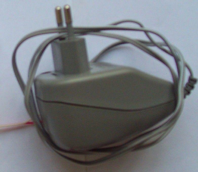 Блок питания 220/12 Вольт, сетевой адаптер, AC/DC, трансформатор.