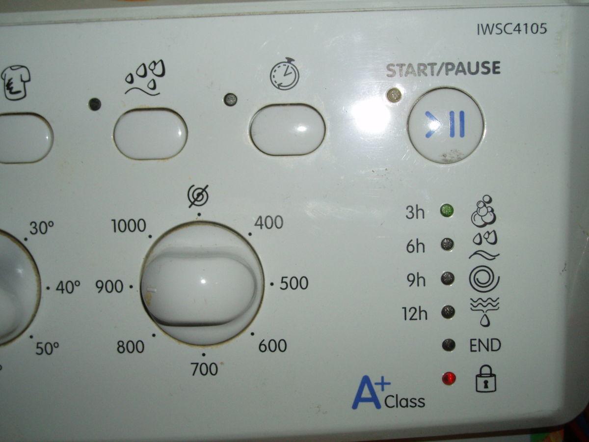 Продам стиральную машину Indesit IWSC 4105 по запчастям