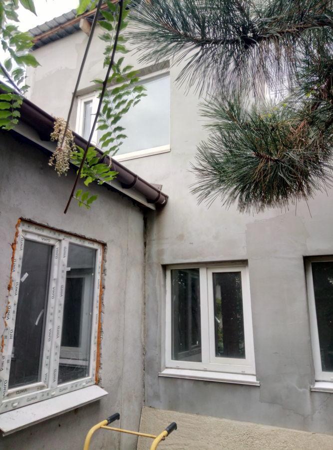 Продам 2 дома в одном дворе Лески