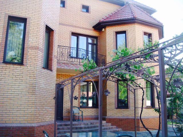 Продам дом с участком на Елочной / Ахматовой