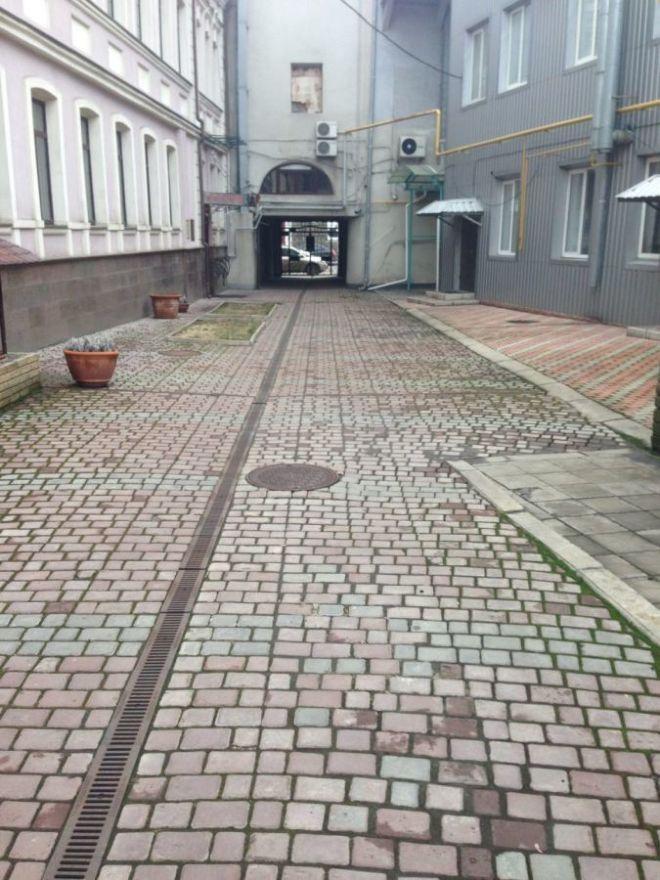 Без комиссии АН! Продам часть 3х этажн. здания в центре Харькова 3