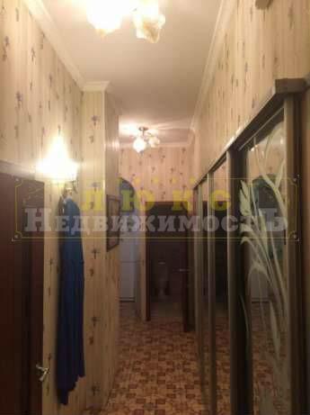 Продам двухкомнатную квартиру Нежинская / Льва Толстого