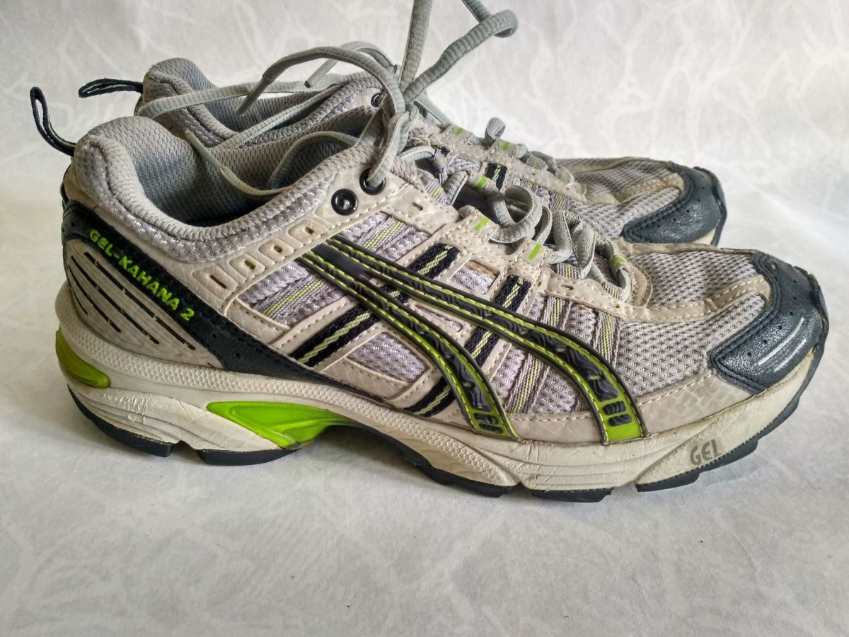 9d3055d8 ASICS WOMENS RUNNING SHOES. 750 грн