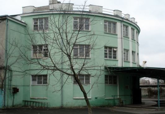 отдельно стоящее здание Шота Руставели.