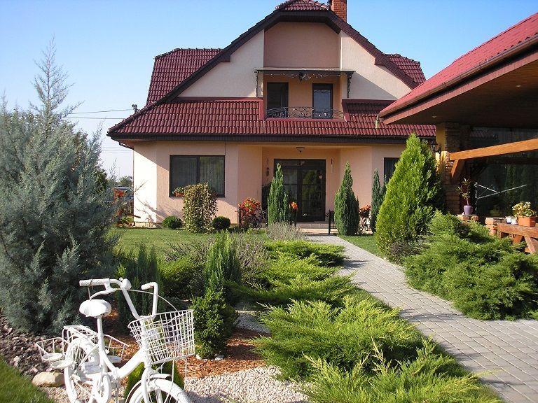 Продается новый дом в пригороде Ужгорода (5 км. от центра города ) в с