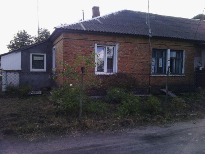 Продам 2-х кімнатну квартиру 43 кв.м., в бараці, смт.жвирка, львівські 4