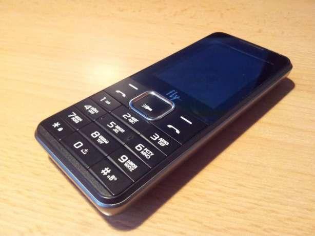 Продам телефон Fly FF243 Black на 2 симкарты