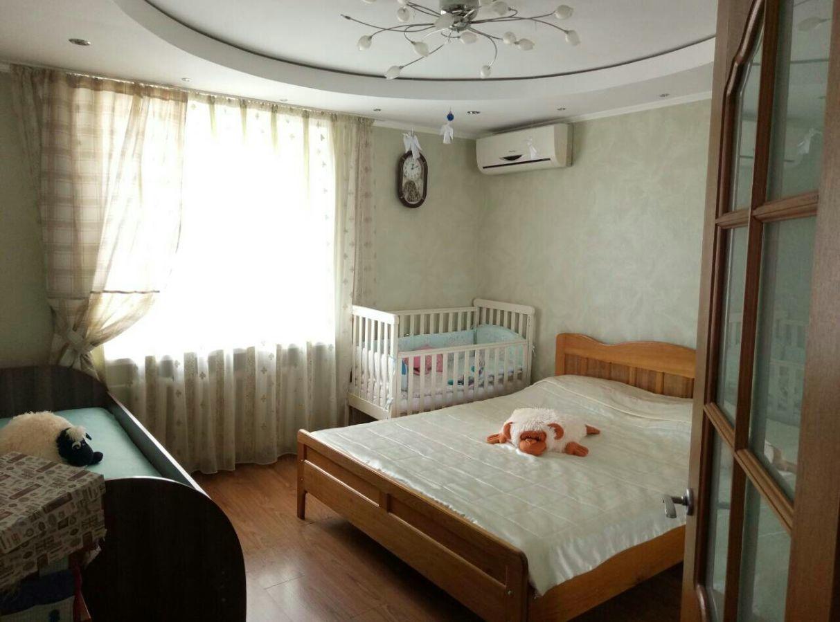Продам 2 комнатную кв с евроремонтом и мебелью на Десантном бульваре