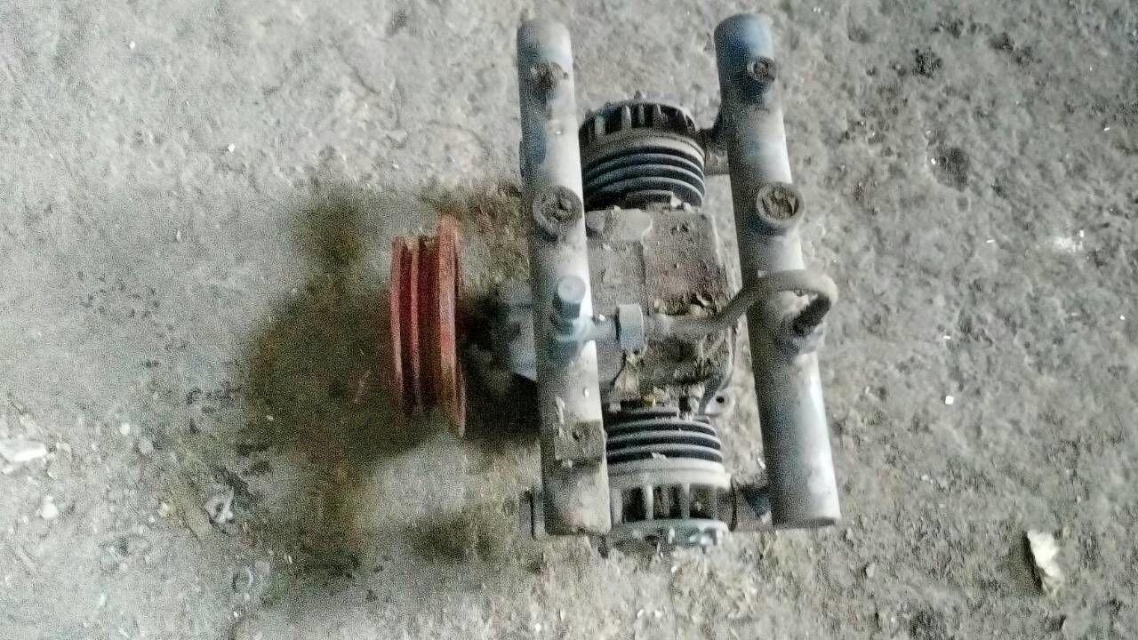 kompressor-a2m-dlya-perekachki-amiaka-pr