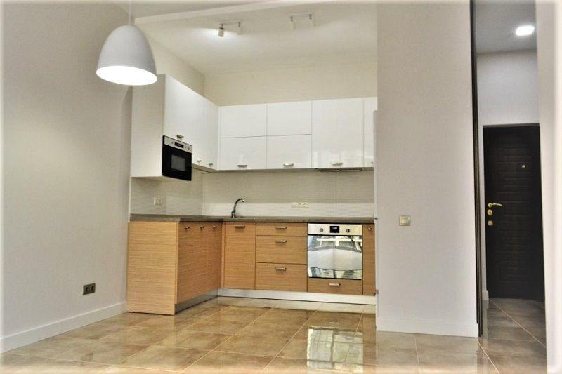 Продам 2-х комнатную квартиру с ремонтом в 15 Жемчужине,Одесса