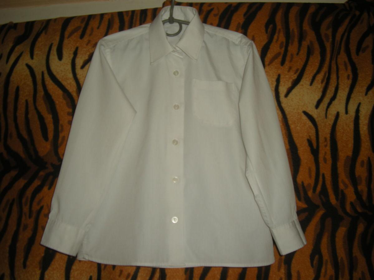 "Рубашка белого цвета""marks & spencer"",9лет,бангладеж."
