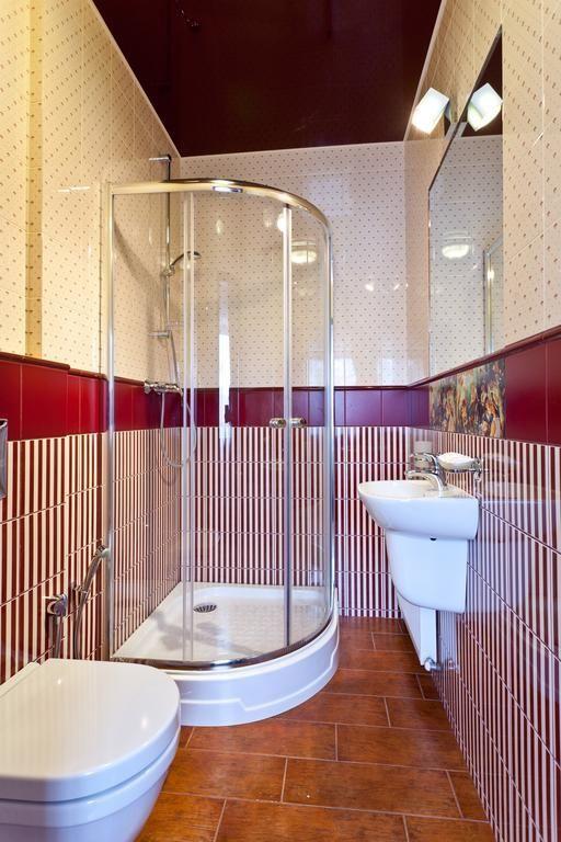 Продам 2х эт дом с ремонтом в Харькове (Гагарина)