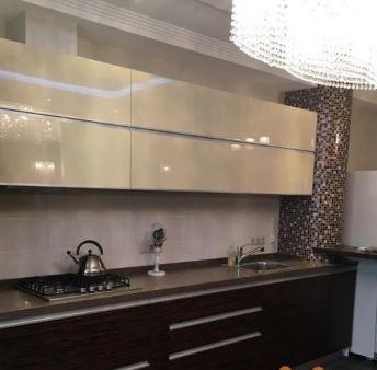 Продам шикарную 2к.кв Сухумская 24 90м2, дизайнерский ремонт