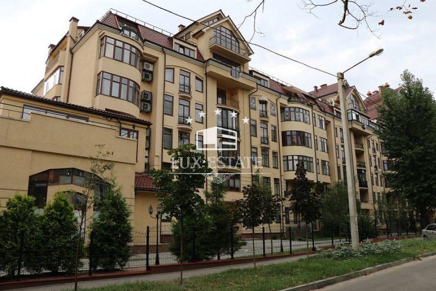 Элитная квартира в ЖК Садовая Горка, 195 кв.м