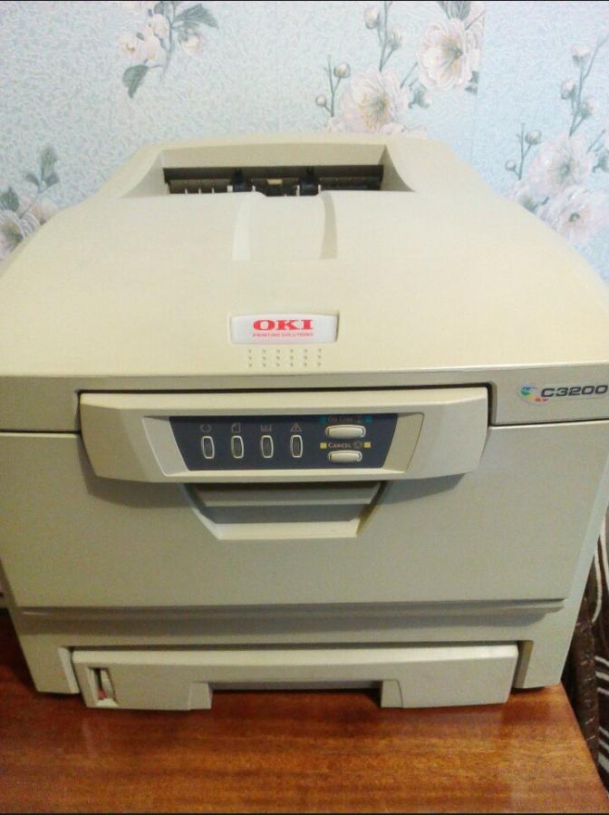 Цветной светодиодный (лазерный) принтер OKI C3200.